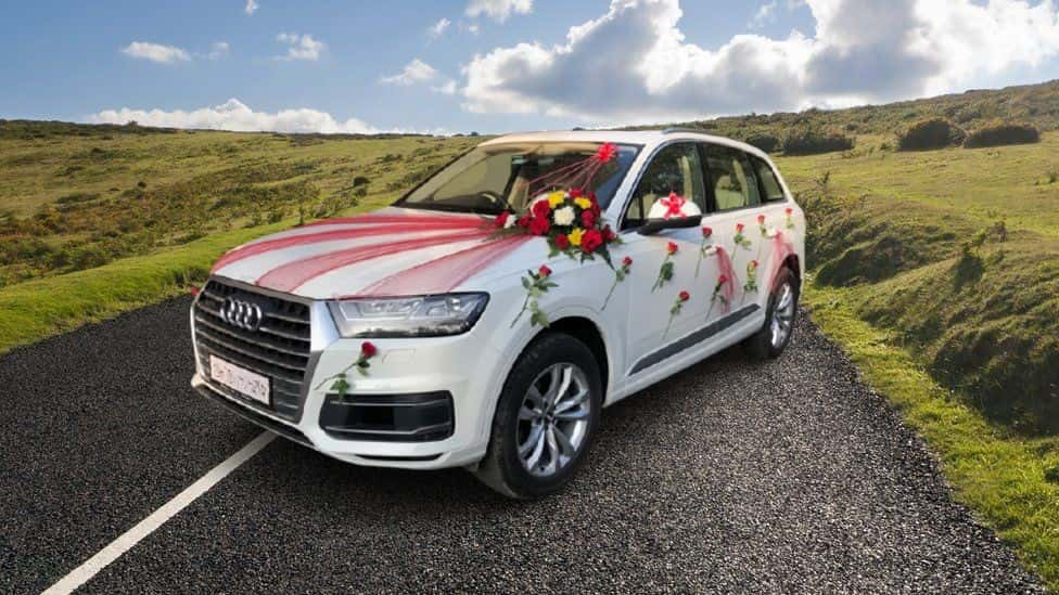 Audi Q7 Rental for Your Wedding Day - Hire Now